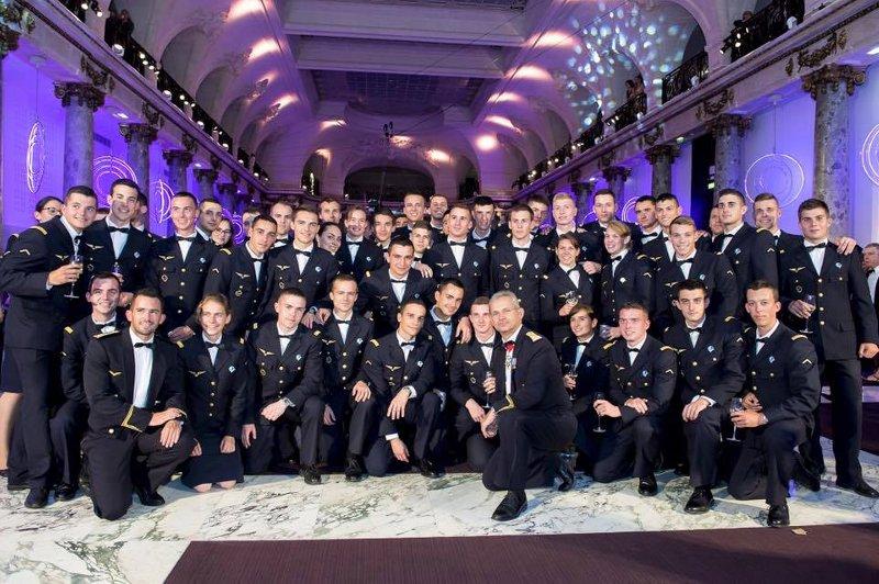 Une promotion c lestin p goud l 39 cole de salon de provence pegoud roi de l 39 air site officiel - Ecole de l air de salon de provence ...